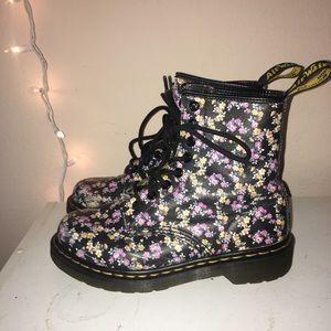 Dr Martens 11821 Black Floral Leather Boots